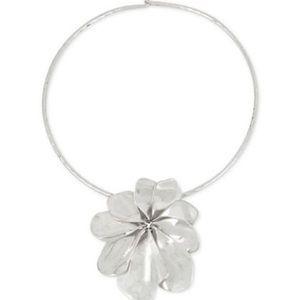 ROBERT LEE MORRIS sculptural flower necklace NWT